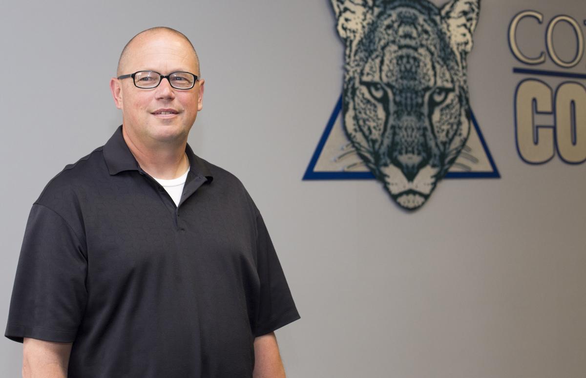 Cougar baseball hires head coach